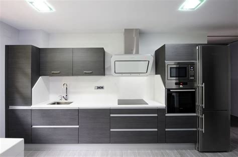 esta cocina ha sido disenada  instalada por karsuk de