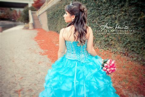 La Fontaine Reception Hall: Quinceaneras Photography by