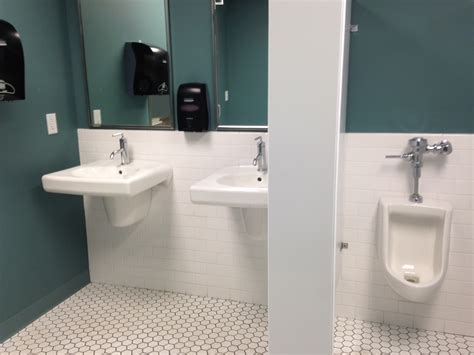 watersaver faucet company bathroom breaks chicago company disciplining employees for bathroom breaks