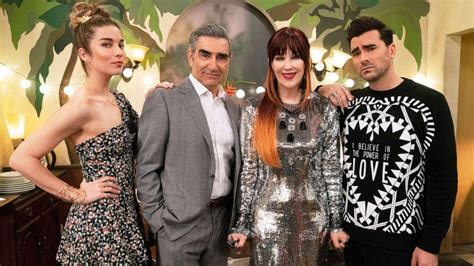 'Schitt's Creek' sweeps 2020 Emmys: 5 fun facts about the ...