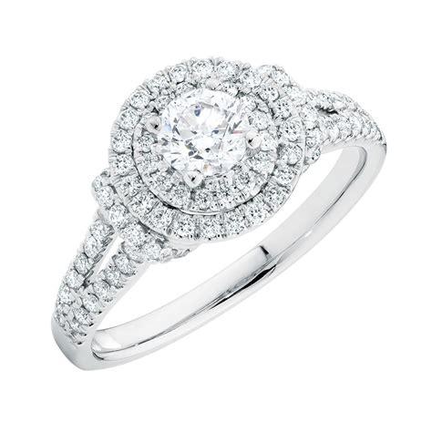 1 carat diamond engagement ring 14kt gold michael hill urban chic wedding inspiration