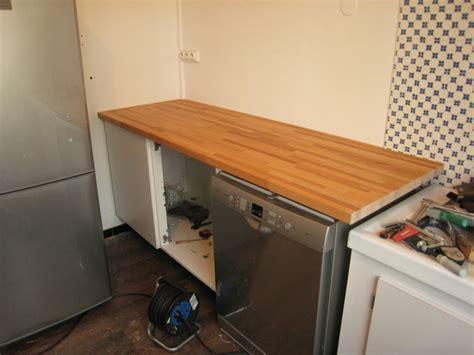 fixer plan de travail cuisine plans de travail de cuisine