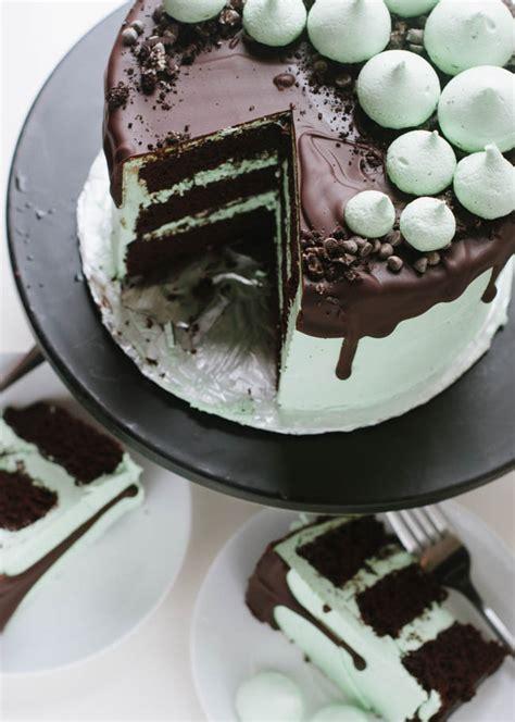 mint chocolate chip cookie crunch cake  cake merchant