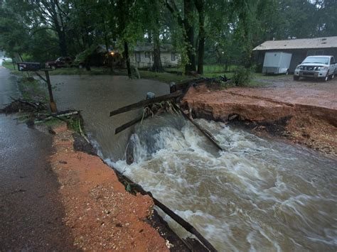 'historic' Louisiana Flooding 3 Dead, More Than 1,000. Kitchen Cabinet Door Designs Pictures. Kitchen Cabinets In Ma. Doors For Kitchen Cabinets. How Much Does Kitchen Cabinet Refacing Cost. Kitchen Cabinet Shelf Brackets. Kitchen Cabinet Knob Placement. Starter Kitchen Cabinets. Cherry Wood Kitchen Cabinets With Black Granite