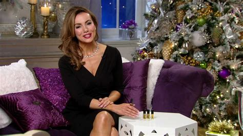 Tips For Looking Great This Christmas With Lisa Robertson