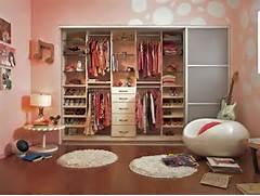 Basement Bedroom Ideas For Teenagers by Decoration Basement Decorating Ideas For Teenagers Decorating Basement Apar