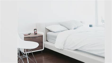Minimalist Tech Bedroom Tour ()-youtube