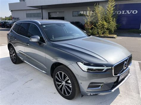 The xc60 is part of volvo's 60 series of automobiles, along with the s60, s60 cross country, v60, and v60 cross country. VOLVO XC60 B4 AWD-A INSCRIPTION, 2020 god.
