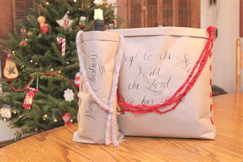 craft paper  yarn diy gift bag allfreechristmascraftscom