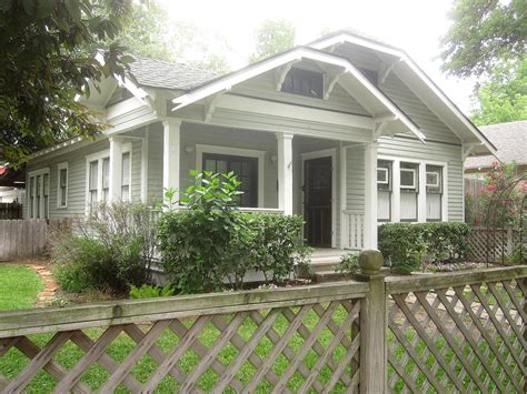 Bungalows :  Types Of Bungalows