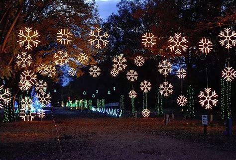 jellystone park christmas lights no christmas lights display at jellystone park this year