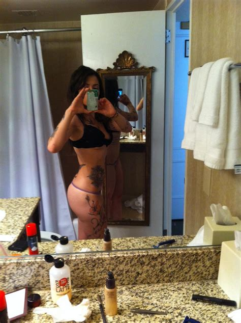Sarah Shahi Nude And Topless Leaked Pics Scandal Planet