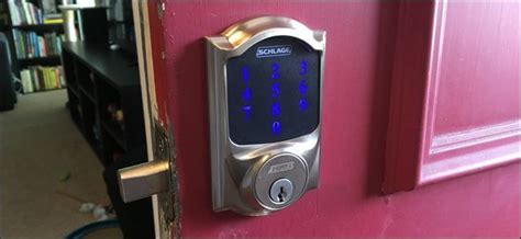 installing  smart lock