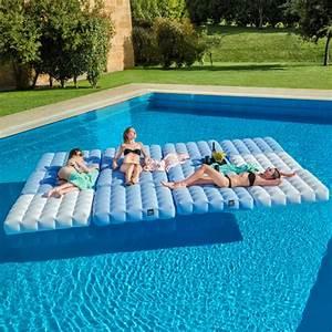 Matelas Gonflable Pour Piscine : matelas gonflable pour piscine pigro felice zendart design ~ Dailycaller-alerts.com Idées de Décoration