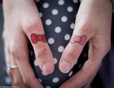 bow tattoos designs ideas  meaning tattoos