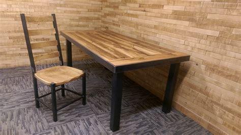 chaise bois cuisine chaise cuisine bois hotte cuisine bois 21 montreuil
