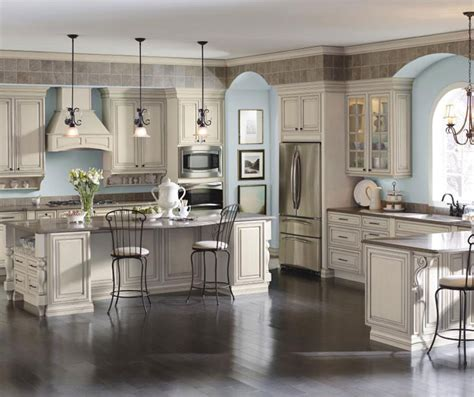 cream glazed kitchen cabinets cream cabinets with glaze cabinetry