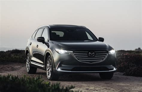 A year later arrived in colombia and is now chasing on several fronts. A Week With: 2020 Mazda CX-9 Signature AWD ...