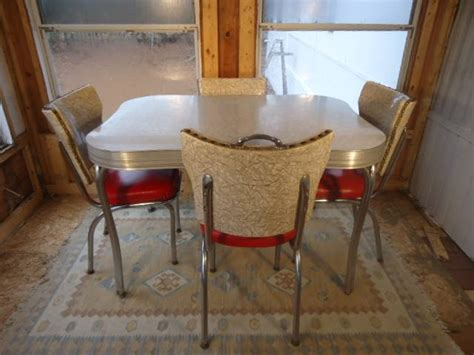 retro kitchen table  chairs