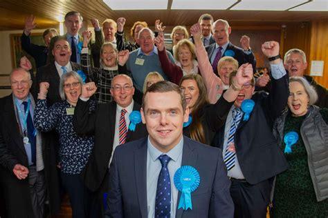 Moray Conservatives back Douglas Ross resignation