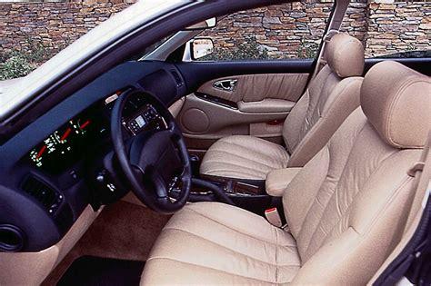 how it works cars 1996 mitsubishi diamante interior lighting 1997 04 mitsubishi diamante consumer guide auto