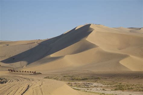 sand dume fiyel levent dunhuang and the sand dunes
