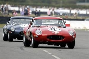 Jaguar Tipe E : jaguar e type celebration heads to goodwood revival autoevolution ~ Medecine-chirurgie-esthetiques.com Avis de Voitures