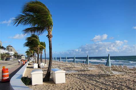 Las Olas Beach - Fort Lauderdale, Florida