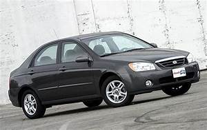 2005 Kia Spectra - Information And Photos