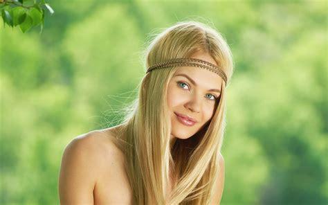 Blondes Women Models Smiling Mpl Studios Magazine Talia