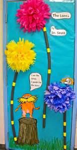 dr seuss door decorations fabulous 5th grade pinterest