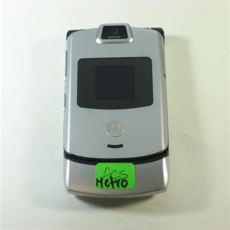 metro pcs flip phones motorola razr v3m bluetooth flip cdma phone metro