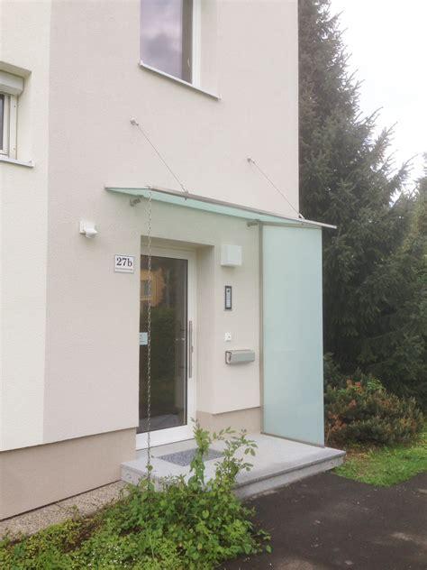 vordach hauseingang mit seitenteil kunststoff aluminium wintergarten in wei 223 vom wintergartenprofi aus o 214