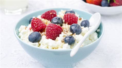 what do you eat cottage cheese with cheeses you should and shouldn t eat