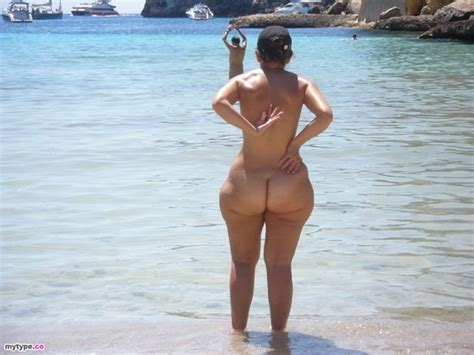 big booty sex in beach