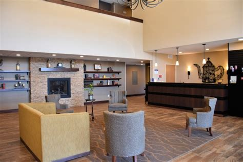 western valley inn plus lobby yakima wine heart country reflects lifestyle space decor