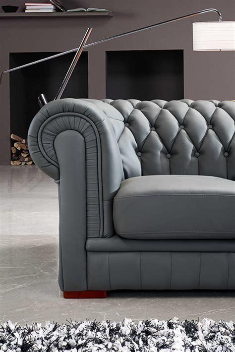 divani casa paris  transitional tufted leather