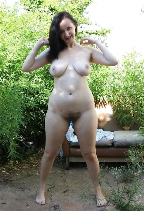 Busty Curvy Mature Milfs Naked In The Garden 52 Pics