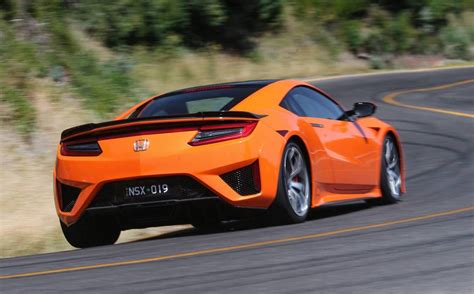 honda nsx arrives  australia performancedrive