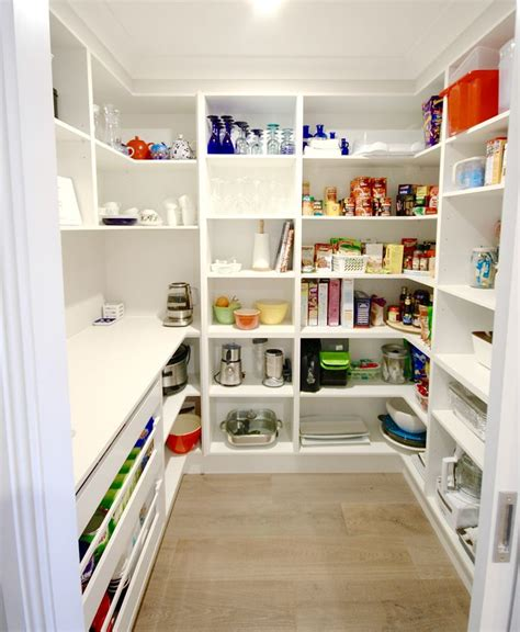 walk  pantry butlers pantry kitchen ideas images  pinterest pantry butler pantry  kitchen ideas