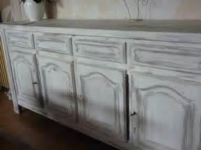 repeindre un meuble cuisine repeindre un meuble vernis en blanc cheap meuble louis