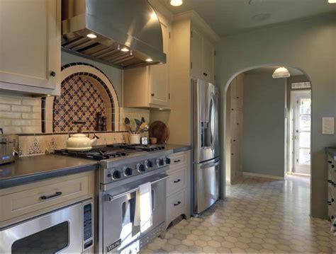 bring mediterranean charm   spanish style kitchen ideas
