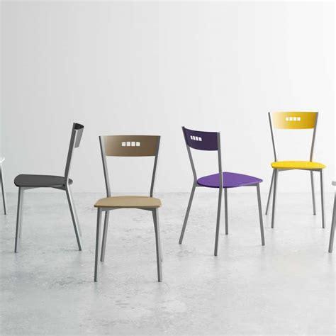 chaises cuisine bois chaise de cuisine moderne en bois et métal versus 4