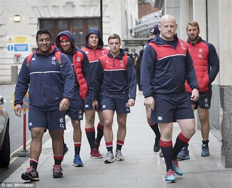 busy day  england players   head  gym