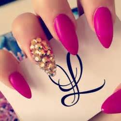 Nails pink trend for spring summer fab