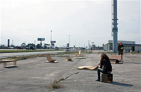 How Much Is That Chaise On The North Freeway? Swamplot
