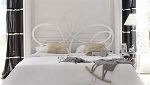 Idee De Tete De Lit : t te de lit quelques id es originales ~ Teatrodelosmanantiales.com Idées de Décoration