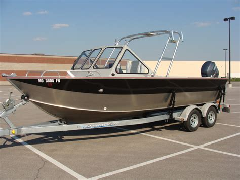 Seahawk Fishing Boat by River Seahawk Welded Aluminum The Hull
