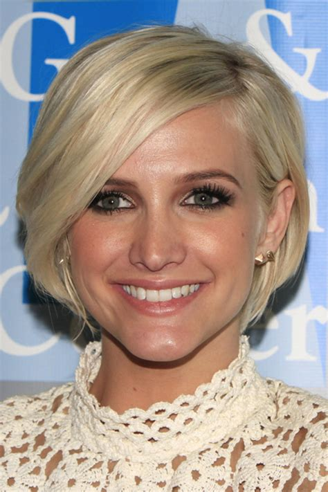 ashlee simpsons hairstyles hair colors steal  style