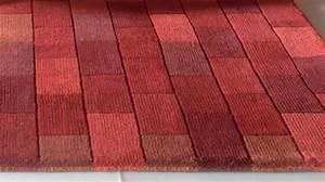 tapis 100 laine effet briques rouges tapis tufte main With tapis de salon en laine
